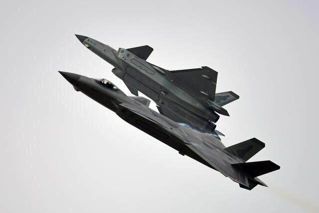 空军特级试飞员梁万俊:生死8分钟,创造了世界航空史上的奇迹