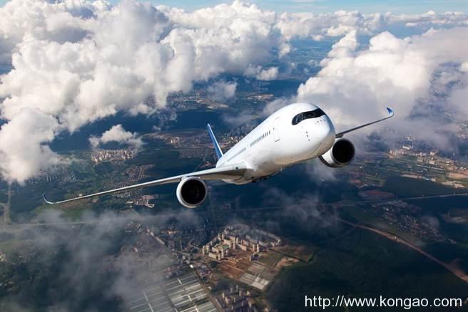 美国财政部再拨款95亿美圆支持航空业