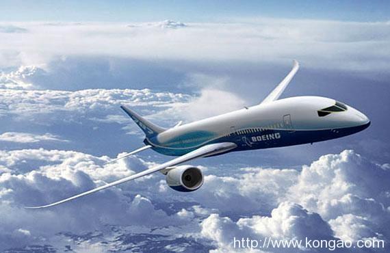 疫情下看企业丨单日乘客从10万骤降至582名! 国泰航空主席、CEO减薪30%