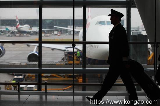 英国航空思索裁减800名飞行员