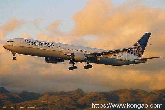 美国波音CEO:全球航空业复苏需数年 波音将筹集资金应对艰难期