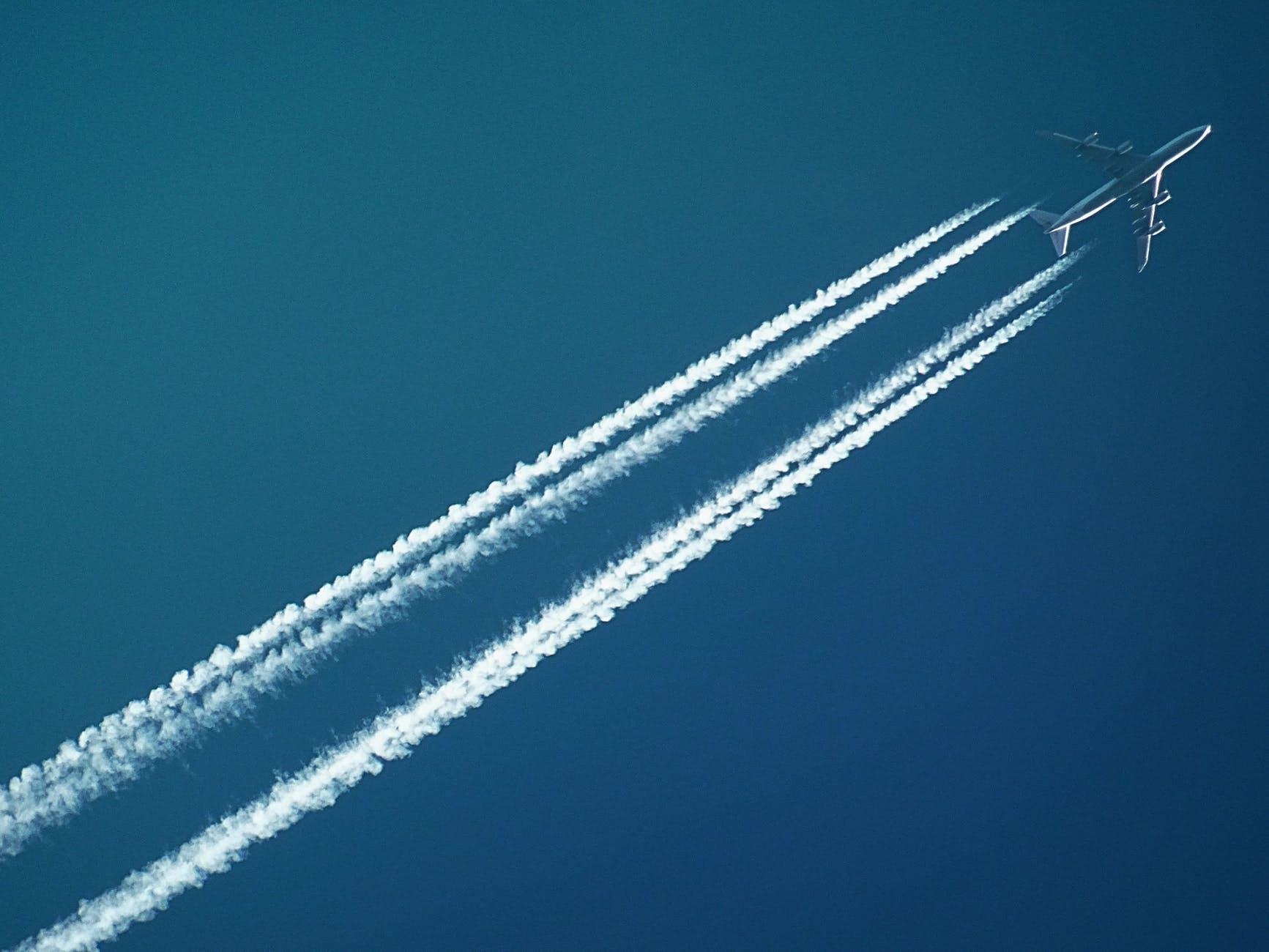 美成功测试无人机空中加油有望增加舰载机作战半径